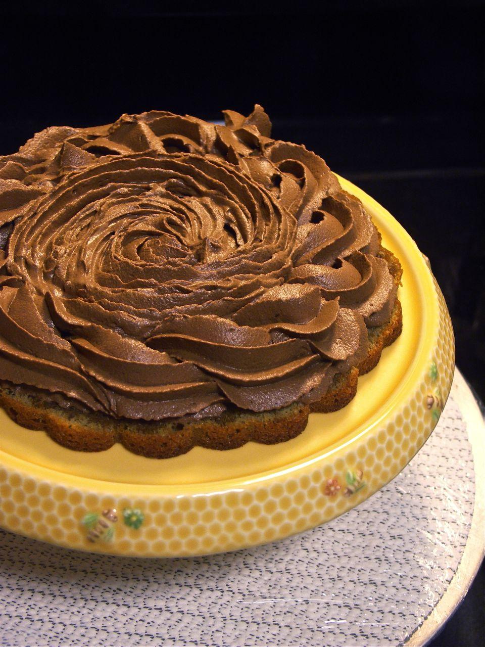 Characteristics Of Yellow Layer Cake